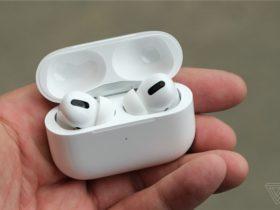 """苹果AirPods跨入""""40亿美元俱乐部"""",重现iPod辉煌"""